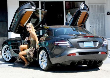 Paris-Hilton-Mercedes